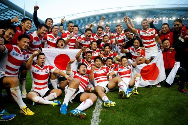9月19日、ラグビーの日本代表は、2015年W杯イングランド大会、1次リーグB組初戦で過去2回の優勝を誇る強豪南アフリカに34─32で逆転勝ち。歴史的勝利を収めた(2015年 ロイター)